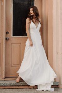 Cassia-wedding-dress-side-front-66.jpg.600x900_q90_crop-smart_upscale (1)