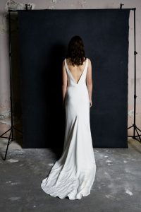 1.2 natural gown back